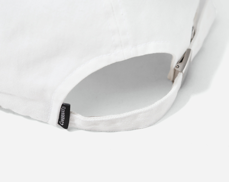커버낫(COVERNAT) TAIL LOGO CURVE CAP OFF WHITE