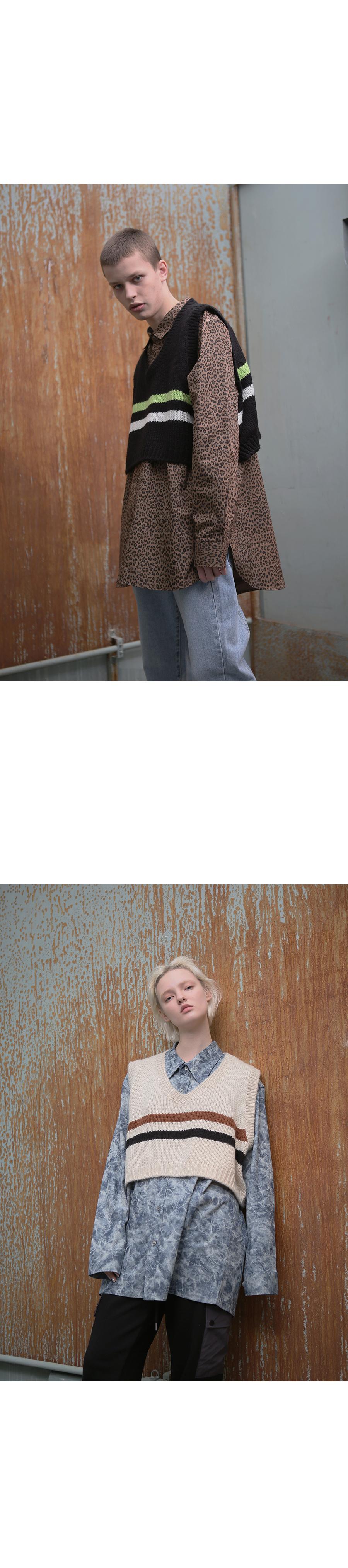 어패럴싯(APPARELXIT) 유니섹스 스트라이프 크롭 니트 베스트 그레이
