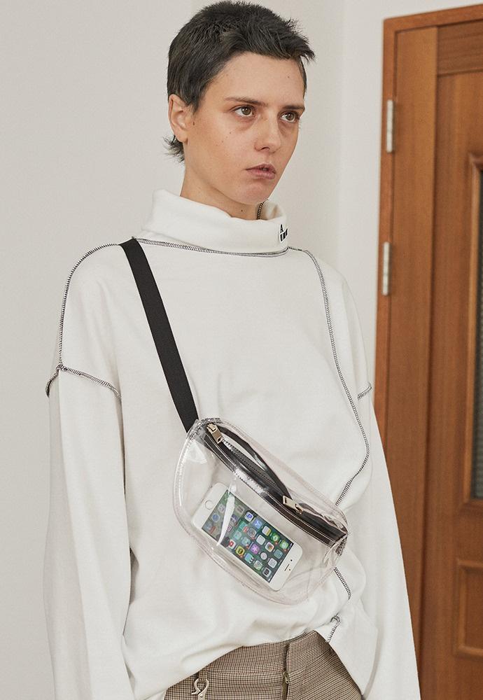 아티팩츠(ARTIFACTS) PVC Waist Bag_ White