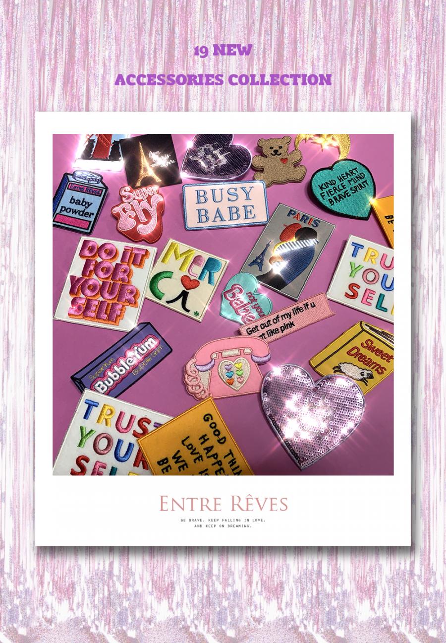 앙트레브(ENTRE REVES) PINK PHONE BADGE