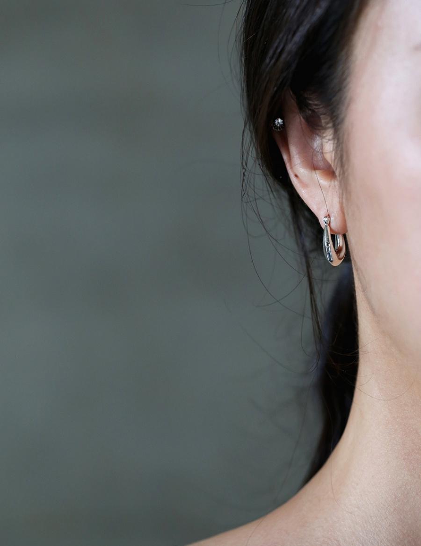 애끼(AEKKI) #슬로핑 실버925 귀걸이
