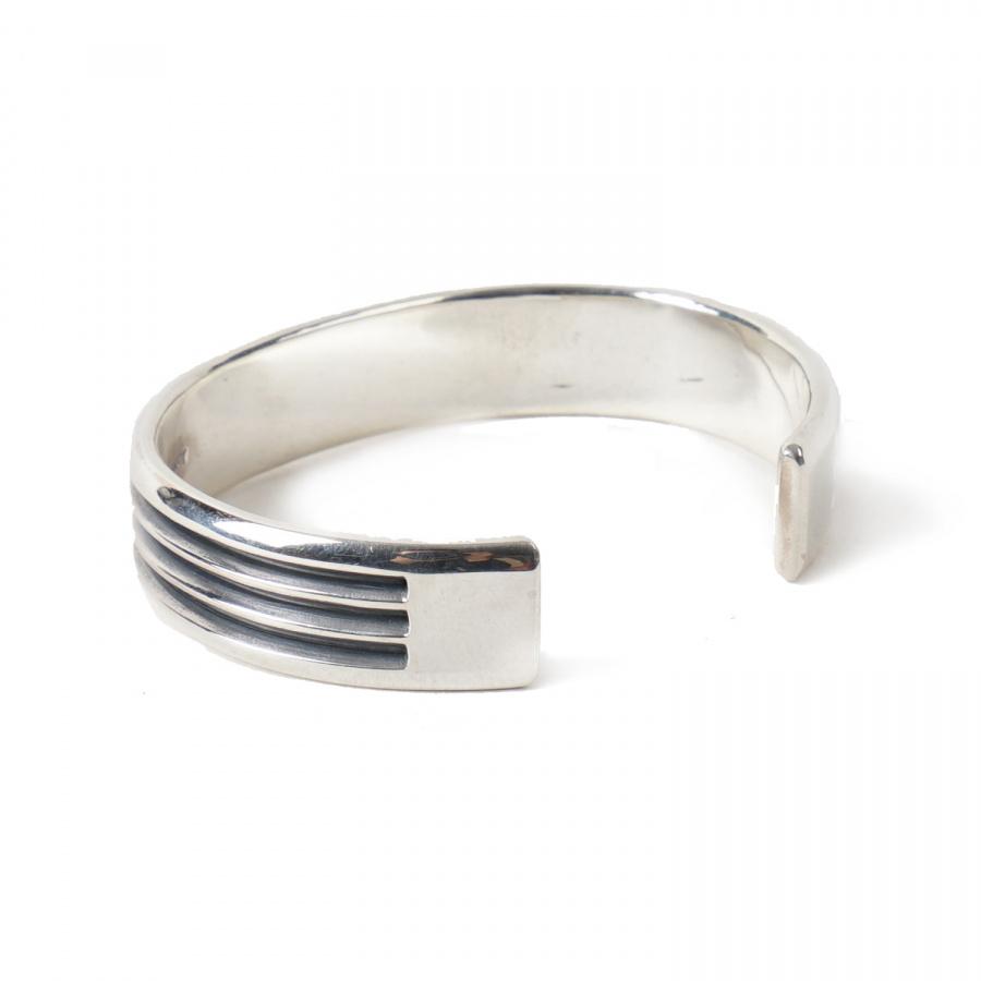 아티스(ATEASE) Line Bracelet