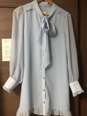 모어댄라이크(MORE THAN LIKE) FRILL BUTTON RIBBON DRESS - SKYBLUE 후기