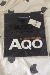 아코스튜디오스페이스(AQOstudiospace) AQO SIGNATURE T SHIRT WHITE 후기