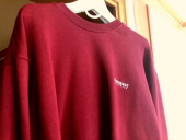 커버낫(COVERNAT) SMALL AUTHENTIC LOGO CREWNECK PINK RED 후기