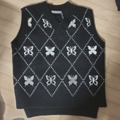 러브이즈트루(LUV IS TRUE) DT BUTTERFLY KNIT VEST(BLACK) 후기