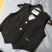 오드원아웃(ODDONEOUT) 3 Button stripe vest_NAVY 후기
