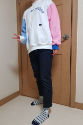 모티브스트릿(MOTIVESTREET) [기모추가]COLOR BLOCK SWEAT SHIRT BEIGE 후기