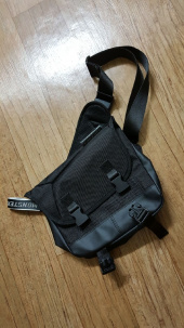 몬스터리퍼블릭(MONSTER REPUBLIC) COMPOUND WAIST BAG / BLACK 후기