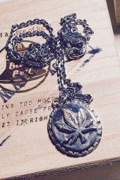 에이징씨씨씨(AGINGCCC) #130 92.5 CANNABIS NECKLACE 후기