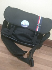 핍스(PEEPS) essential messenger bag(stripe_black) 후기
