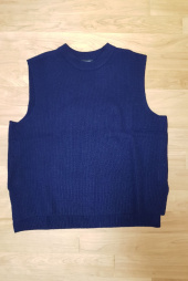 인사일런스(INSILENCE) WOOL KNIT VEST (navy) 후기