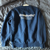 비바스튜디오(VIVASTUDIO) LOCATION LOGO CREWNECK IA [PASTEL BLUE] 후기