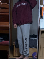 디스이즈네버댓(THISISNEVERTHAT) ARC-Logo S-Collar Sweatshirt Burgundy 후기
