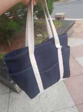 마지언타이틀(MAZI UNTITLED) Cafe Tote (Navy / Ecru) 후기