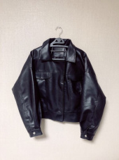 레이디 볼륨(LADY VOLUME) overfit zipper trucker riders jacket 후기