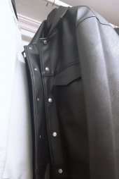 레이디 볼륨(LADY VOLUME) [남여공용]overfit big pocket leather trucker jacket 후기