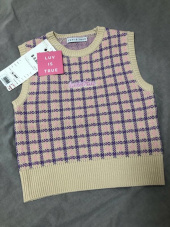 러브이즈트루(LUV IS TRUE) DE KNIT VEST(LIGHT PURPLE) 후기