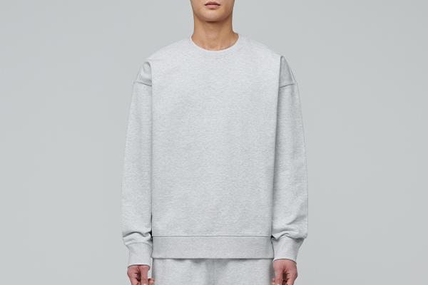 오버사이즈 스웨트셔츠