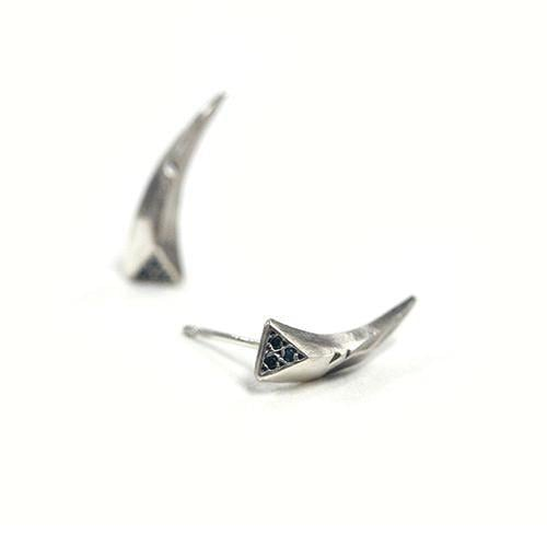 포프(POFF) BLUE DIAMOND TALON EARRING