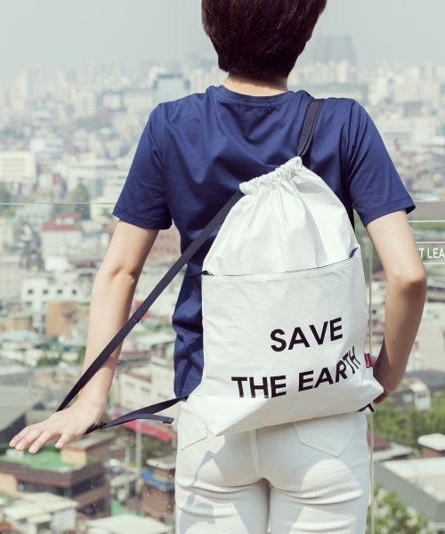 디얼스(THE EARTH) TYVEK GYM SACK - WHITE