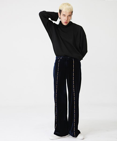 라잇루트(RIGHT ROUTE) VELVET WIDE PANTS [송정민]