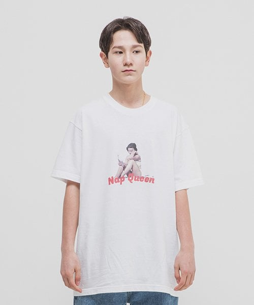 위캔더스(WKNDRS) NAP QUEEN TEE (WHITE)