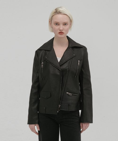 레이디 볼륨(LADY VOLUME) black zippper leather jaket