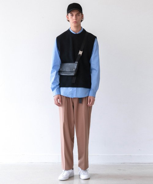 인사일런스(IN SILENCE) WIDE SLACKS (beige)