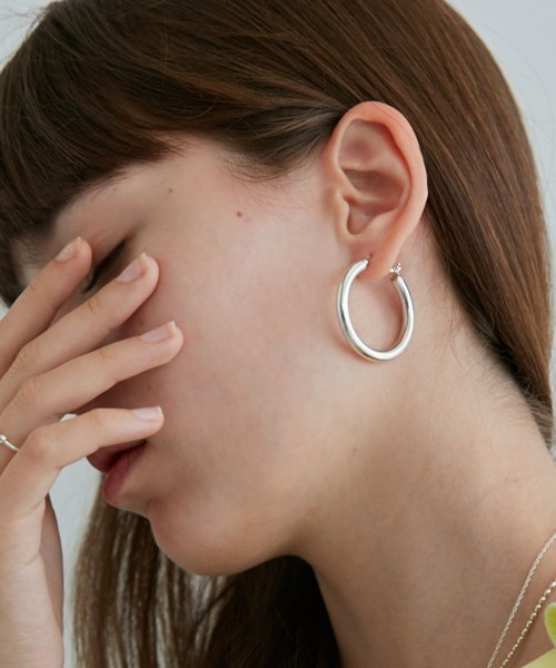 먼데이에디션(MONDAY EDITION) silver hoop earrings 1