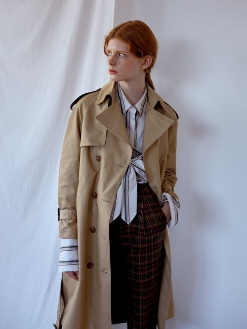 니나노사노(NINANOSANO) back box-pleats trenchcoat BEIGE