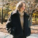 노미나떼(NOMINATE) FAKE WOOL FUR BOMBER JACKET CHARCOAL (WOMEN)