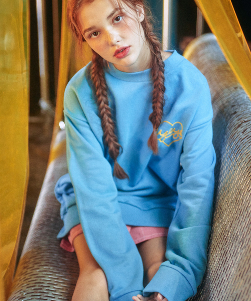 아이아이(EYEYE) HEART CHAIN EMBROIDERY SWEATSHIRT_BLUE (EEON1WSR01W)