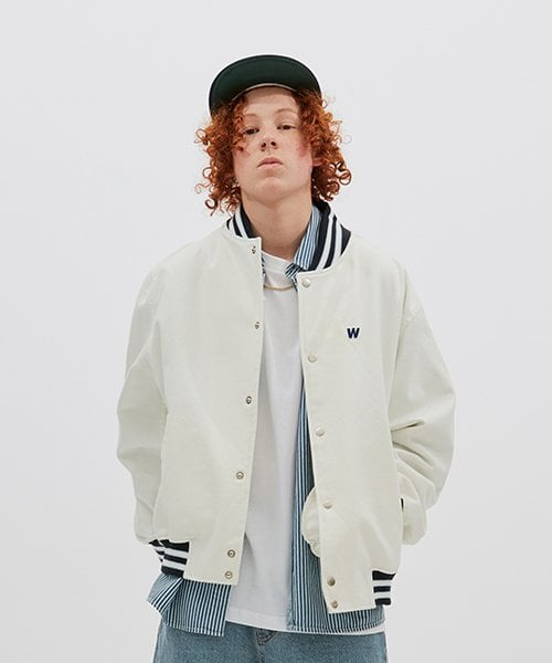 위캔더스(WKNDRS) RETRO STADIUM JACKET (WHITE)