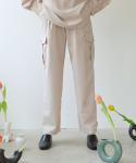앳퍼스트사이트(AT FIRST SIGHT) POCKET PIN TUCK PANTS_BE