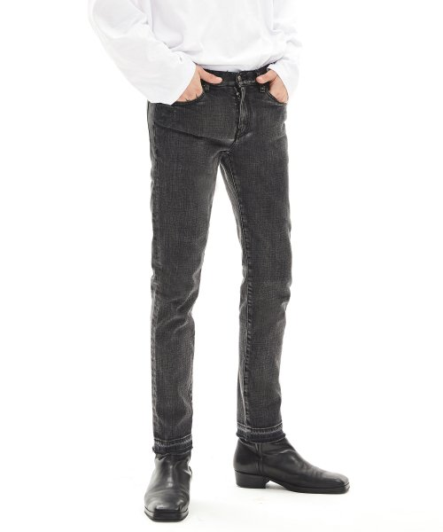 메종미네드(MAISON MINED) GREY CUTTING DENIM TROUSERS