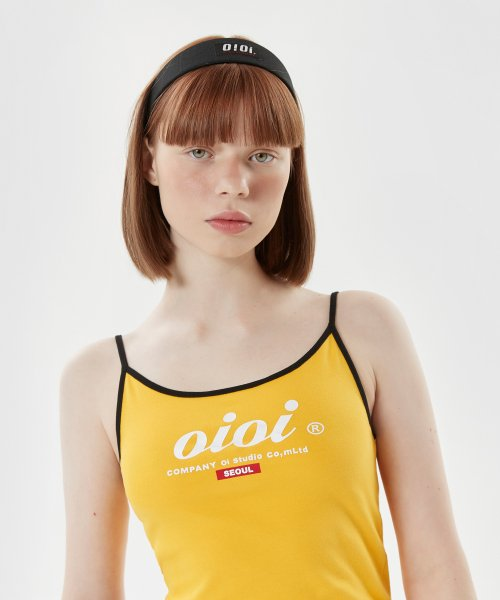 5252 바이 오아이오아이(5252BYOIOI) SERIF LOGO SLEEVELESS T-SHIRTS_yellow