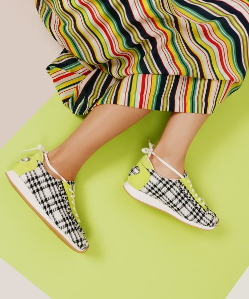 레이브업(RAVE UP) Girls Sneakers_White Check_0058