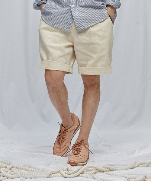 프리즘웍스(FRIZMWORKS) TWO TUCK WIDE SHORTS _ OATMEAL