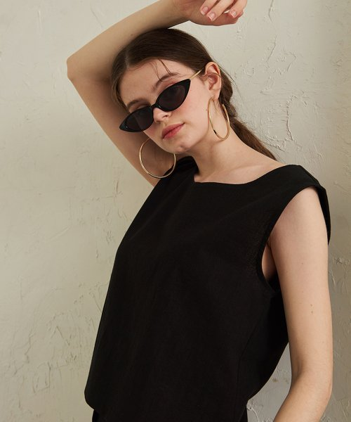 이쁘다 양장점(EBBUDA BOUTIQ) Abell Cotton Crop Blouse _ Black