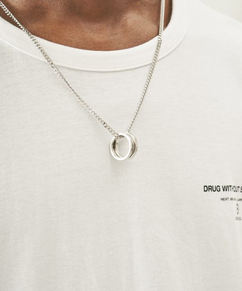 드러그 위드아웃 사이드 이펙트(DRUG WITHOUT SIDE EFFECT) 2 Ring Layered Set Necklace