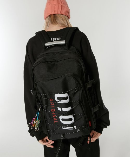 5252 바이 오아이오아이(5252BYOIOI) AUTHENTIC BACKPACK