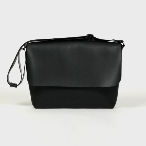 반(BAAN) 106 CROSSBAG BLACK
