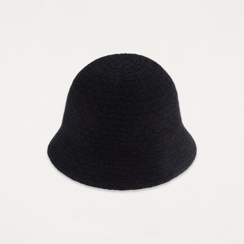 매드고트(MADGOAT) Knitted Bucket HatBlack