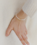 러브미몬스터() Slim Natural Pearl Bracelet
