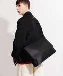 피스메이커() NYLON TWILL MESSENGER BAG (BLACK)