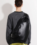 피스메이커(PIECE MAKER) LEATHER SLING BAG (BLACK)