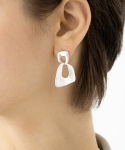 이오유스튜디오(EOU STUDIO) oval cross earring