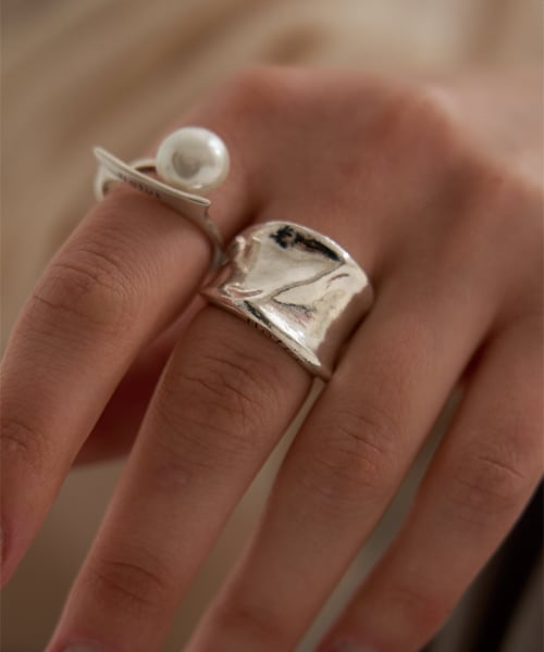 WAVE BOLD RING - SILVER 92.5