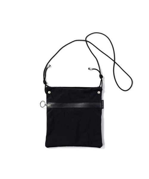 마지언타이틀(MAZI UNTITLED) stack bag (black)